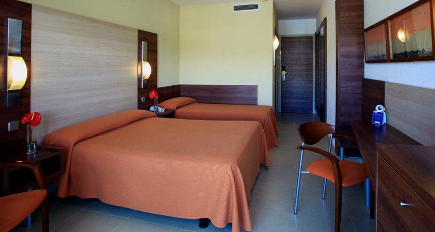 013-habitacion-triple-estandar